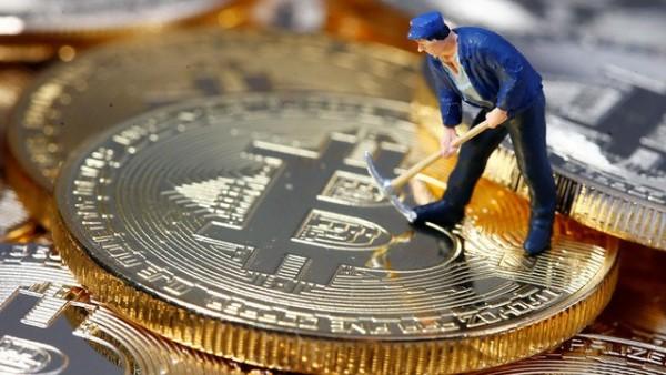 Giá bitcoin hôm nay 31/05/2021: tăng nhẹ, thị trường tiếp tục dao động mạnh