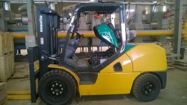 GIÁ MỀM Xe nâng dầu 5 tấn uy tín chất lượng