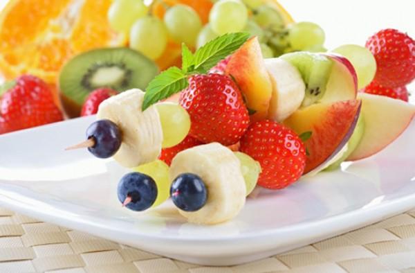 Giải đáp thắc mắc về vấn đề ăn hoa quả thay cơm giúp giảm cân