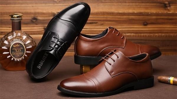 giày da vsman của vset group cùng bạn lịch lãm trên tưng bước đi