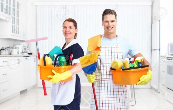 Giữ cho ngôi nhà được khử trùng và vệ sinh trong mùa Covid