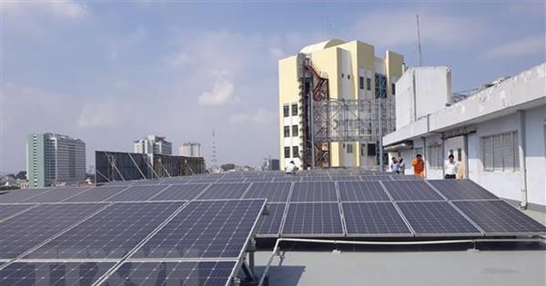 HCM hiện là địa phương đi đầu trong lắp đặt điện mặt trời mái nhà