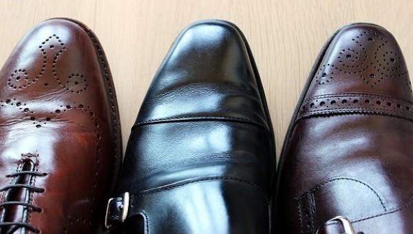 Học hỏi cách xử lý giày da bị chật mũi