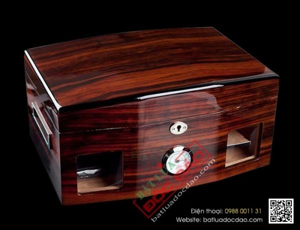 Hộp bảo quản xì gà, tủ bảo quản xì gà Cohiba H696