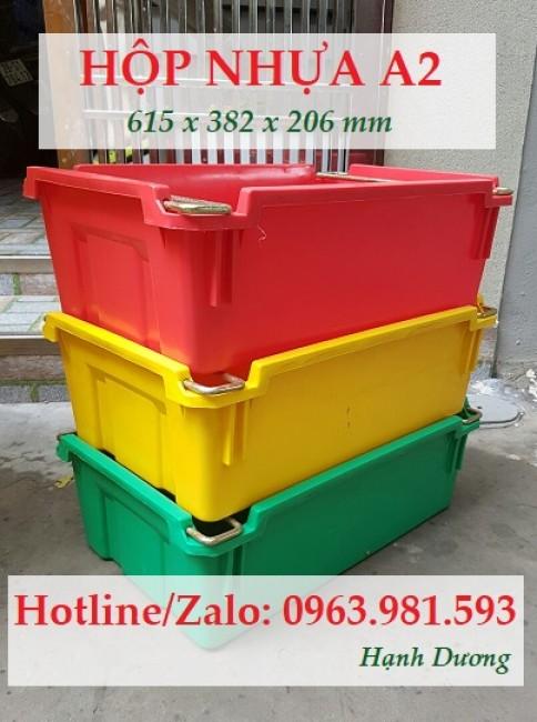 Hộp nhựa A2, thùng nhựa đặc A2 có quai xách
