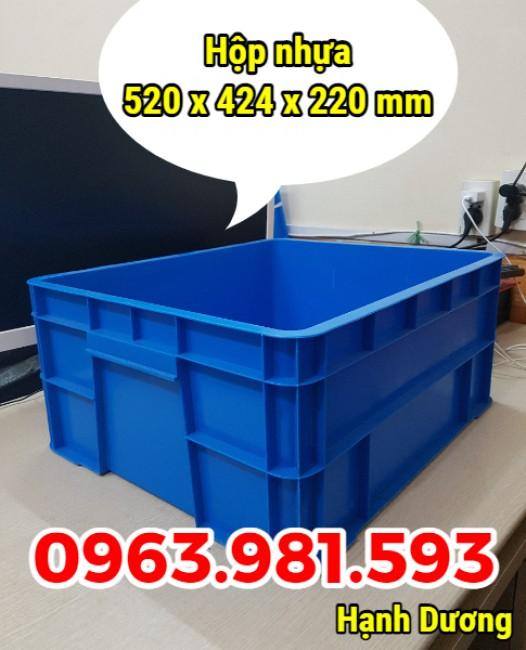 Hộp nhựa công nghiệp B8, thùng nhựa đặc