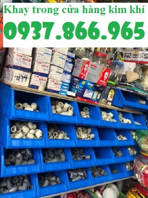 Hộp nhựa đựng đồ kim khí, bán kệ dụng cụ vát 1 đầu, kệ nhựa dùng trong công nghiệp, ke dung cu