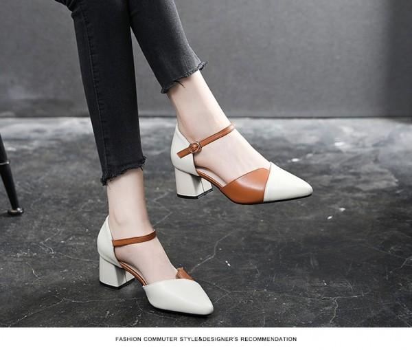 [HOT] Giày cao gót đế vuông 5 phân chất liệu da bóng mũi nhọn có khóa gài