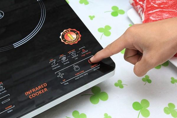 Hướng dẫn cách vệ sinh bếp từ hiệu quả