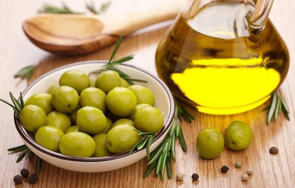 Hướng dẫn sử dụng dầu Oliu cho trẻ em