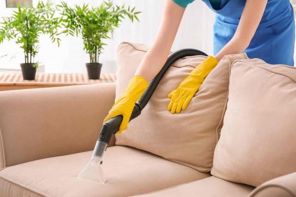 Hướng dẫn vệ sinh sofa tại nhà sạch như ở tiệm