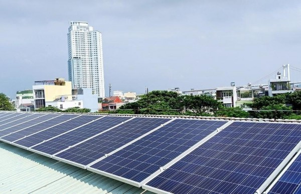 Khai thác năng lượng mặt trời để sản xuất điện
