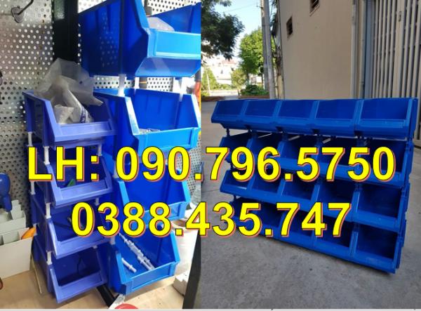 Khay đựng phụ tùng kim khí, khay nhựa A8 giá rẻ nhất tại TPHCM