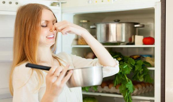 Khử mùi hôi trong nhà bếp công việc quan trọng
