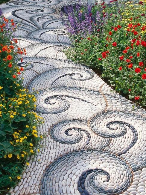 Khu vườn xinh đẹp, độc đáo với phong cách mosaic