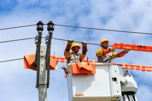 Khuyến cáo khách hàng tiết kiệm điện trong mùa nắng