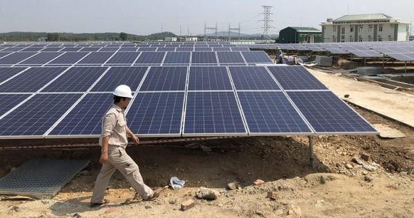 Khuyến khích người dân tiếp cận năng lượng theo nhiều cách khác