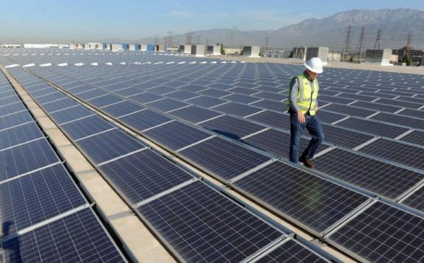 Kiểm soát con đường pin mặt trời