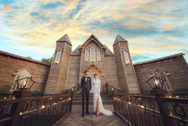 Kinh nghiệm chụp ảnh cưới trong studio phim trường