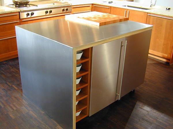 Kinh nghiệm mua tủ bếp inox chất lượng giá mềm tại TPHCM