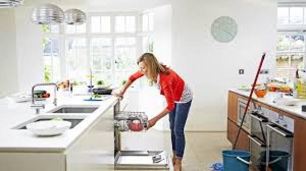 Làm sạch vật dụng nhà bếp nhanh chóng hiệu quả
