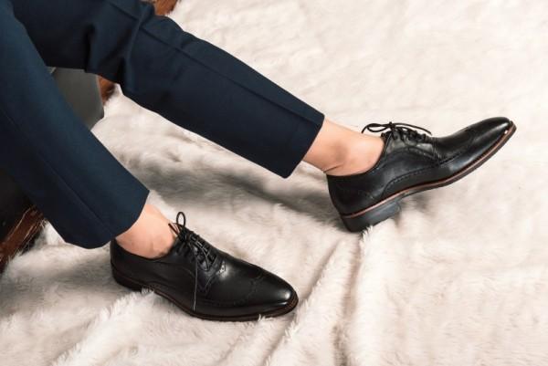 Lý do để giày da luôn là phụ kiện thịnh hành nhất