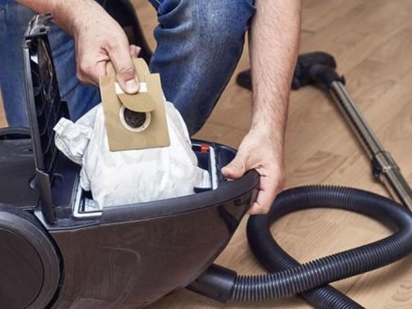 Máy hút bụi bị nóng do nguyên nhân nào? Cách khắc phục ra sao?