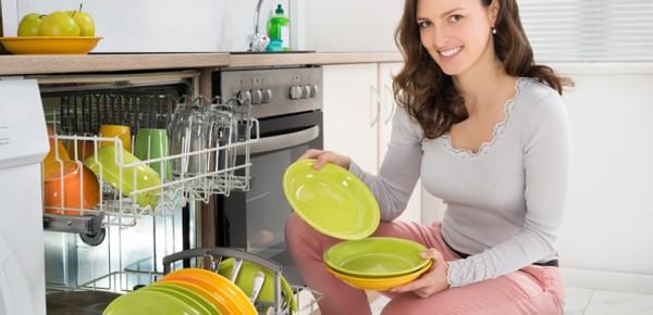 Máy rửa bát luôn có ưu điểm tuyệt đối cho bà nội trợ