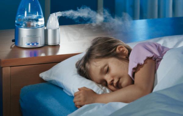 Máy tạo độ ẩm nào tốt cho bé sơ sinh?