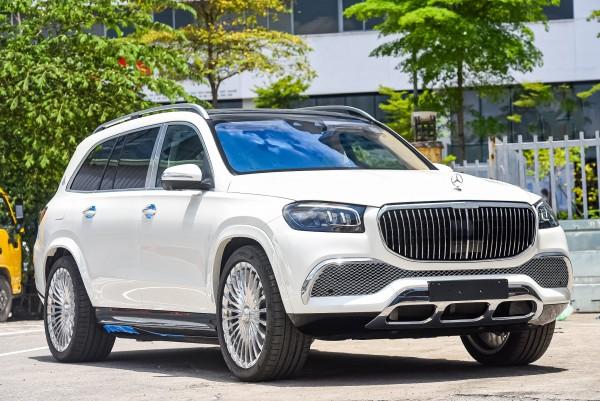 MAYBACH GLS600 nhập khẩu mới chính hãng, model 2021, đủ màu giao xe