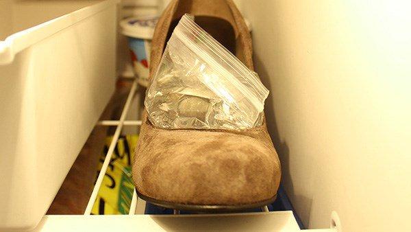 Mẹo độc liên quan đến giày chỉ với chiếc tủ lạnh