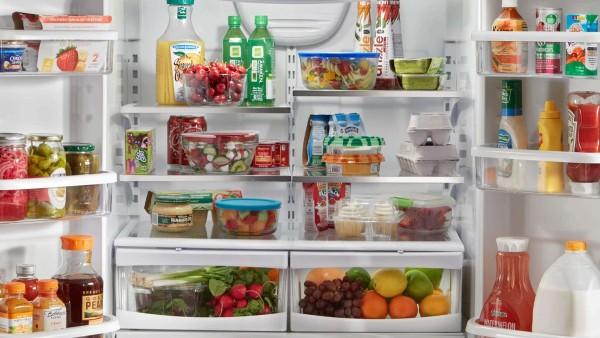 Mẹo sắp xếp và vệ sinh tủ lạnh nhanh nhất