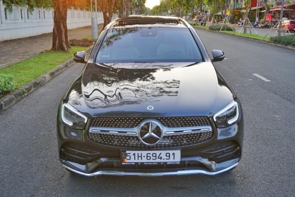 Mercedes GLC300 4Matic sx 2020 đklđ 12-2020 mới lăn bánh 1.300miles