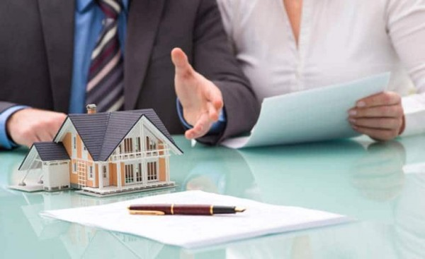 Mô giới bất động sản là gì? Cách nhận biết mô giới lừa đảo