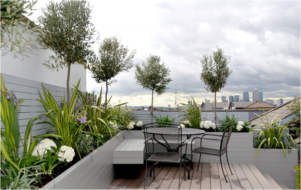 Mới lạ với sân vườn trên nóc nhà