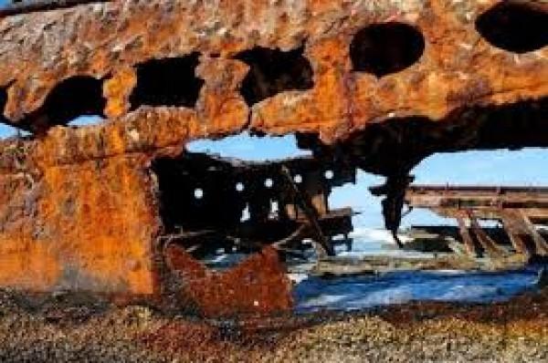 Một mảnh sắt bị gỉ hoàn toàn sẽ tăng thể tích khoảng 8 lần