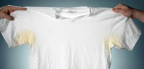 Một số lưu ý bên cạnh tìm cách tẩy trắng áo bị ố vàng