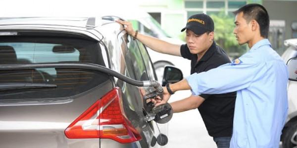 Mùi dầu nhớt thường khó chịu nhất là trong không gian ô tô