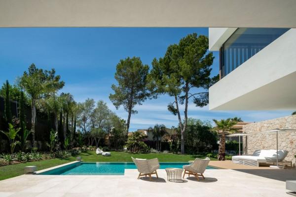 Ngắm nhìn căn biệt thự 2 tầng Mallorca - Tây Ban Nha