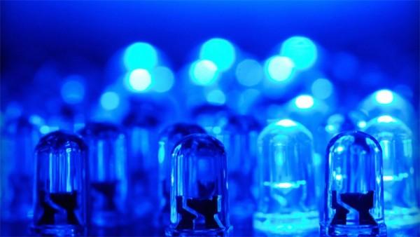 Nghiên cứu về tác hại của bóng đèn led đến mắt người