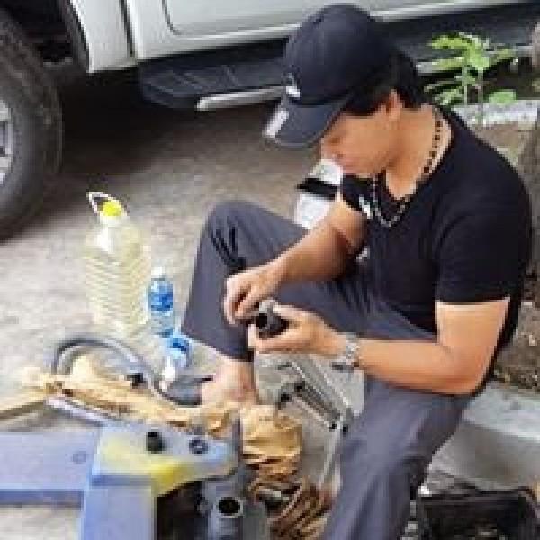 Nhận sửa chữa xe nâng tay, thay thế phụ tùng xe nâng tay giá rẻ 0905681595
