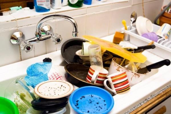 Những đồ dùng chứa nhiều vi khuẩn trong bếp