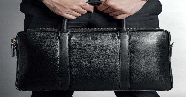 Những lưu ý nhỏ khi sử dụng túi xách da nam