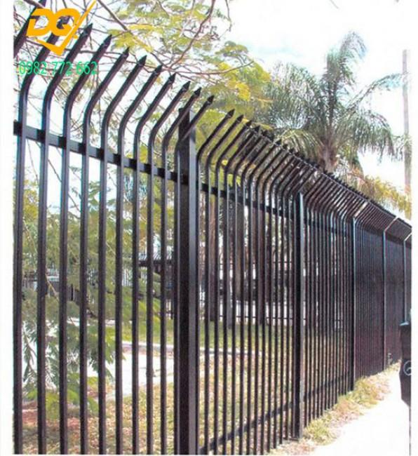 Những mẫu hàng rào sắt đặc đẹp nhất mọi thời đại