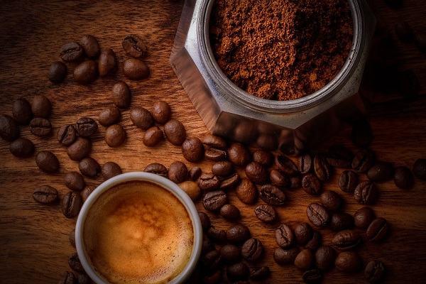 Những Trang Lịch Sử Đen Tối Của Cafe