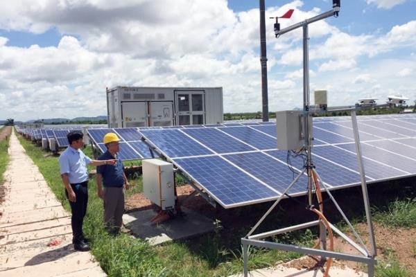 Phát triển năng lượng tái tạo theo hướng bền vững