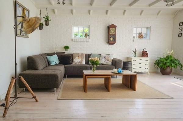 Phòng khách mang phong cách đặc trưng của gia chủ