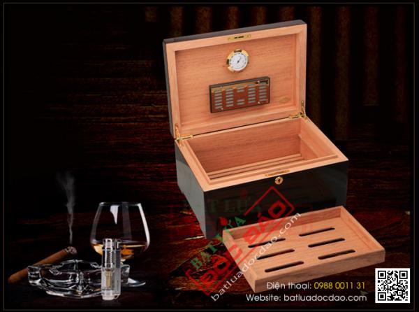 Phụ kiện xì gà Hà Nội: tủ bảo quản xì gà Cohiba H525-50