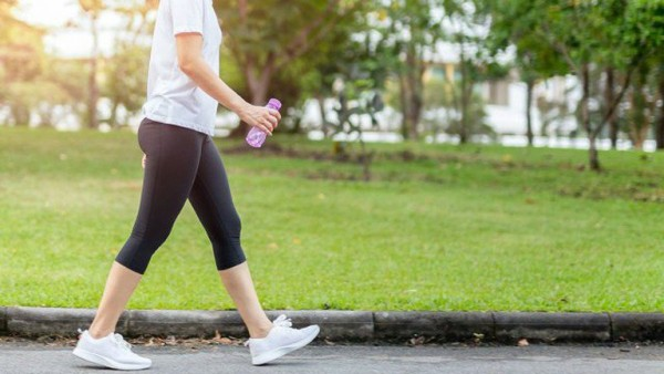 Phương pháp giảm cân bằng đi bộ vô cùng hữu hiệu
