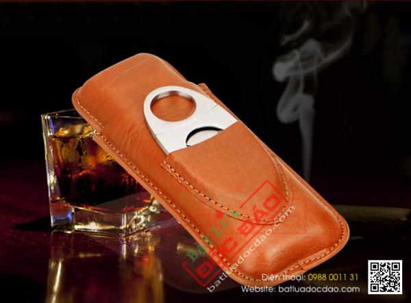 Quà tặng sếp cao cấp: bao da xì gà 2 điếu, dao cắt xì gà Cohiba P108